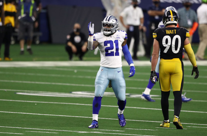 ARLINGTON, TEXAS - NOVEMBER 08: Ezekiel Elliott #21 of the Dallas Cowboys reacts to a first down during the second half against the Pittsburgh Steelers at AT&T Stadium on November 08, 2020 in Arlington, Texas. (Photo by Ronald Martinez/Getty Images)